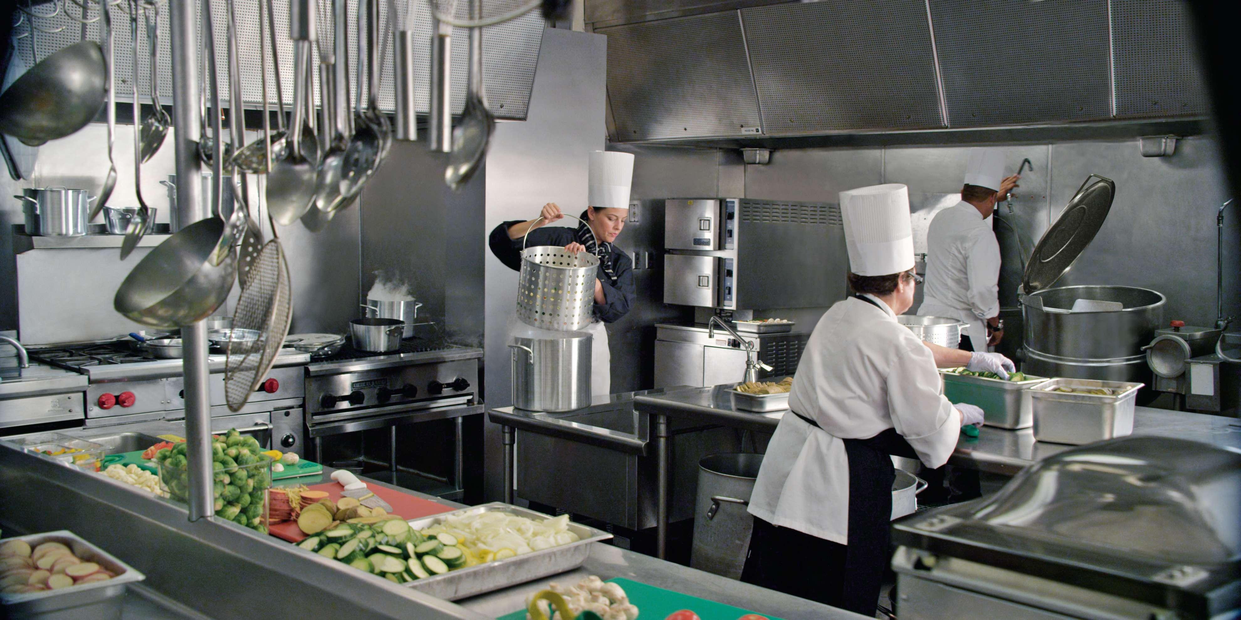 W Otwartej Kuchni Blyszczec Musi Wszystko Nie Tylko Kucharz Opanuj Czystosc Do Perfekcji Kucharze Pl